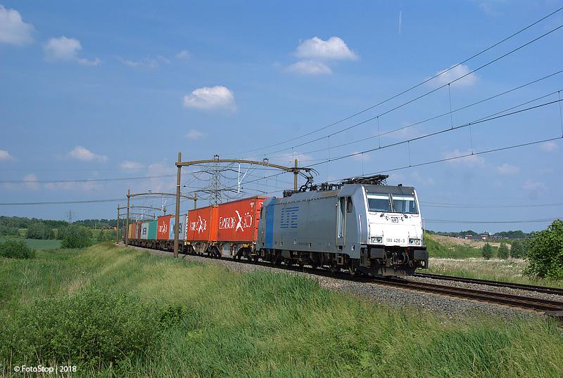 LTE 186 426-3 containertrein Wieldrechtse Zeedijk 26.05.2018