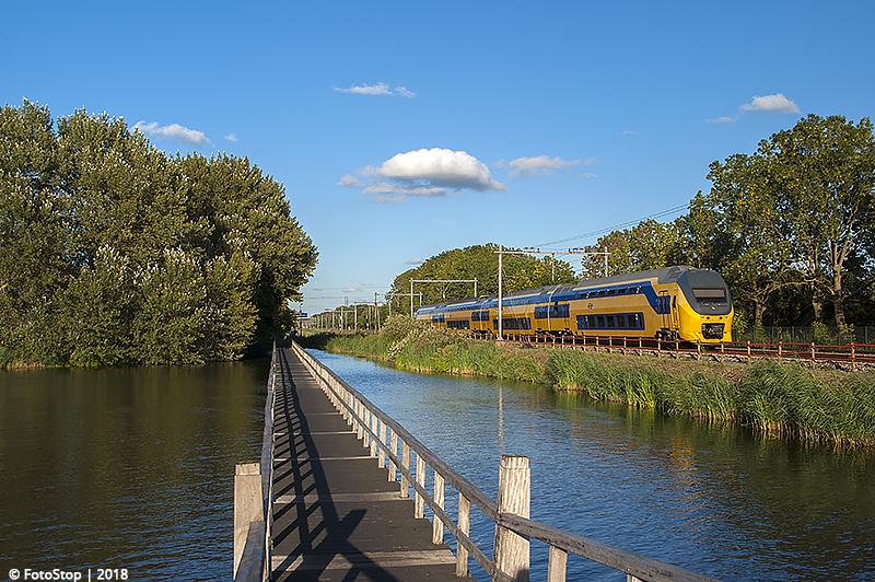 VIRM - 9562 - Trein 2177 - Haarlemerliede 11.08.2018
