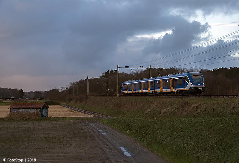 NS SNG - 2317 - Trein - 6340 - Hillegom 09.12.2018